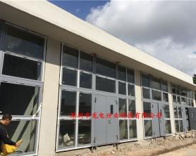 深圳光明新区某化工厂大型合乐888手机版下载门泄爆窗工程已安装验收完成,现已投入使用